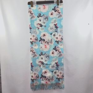Love and Lore Blanket scarff